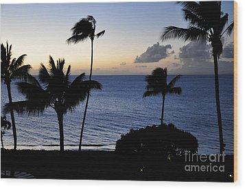 Ka'anapali Beach Maui Wood Print by Rosy Kueng
