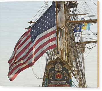 Kalmar Nyckel American Flag Wood Print by Alice Gipson