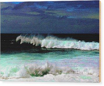 Kaluakoi Surf Wood Print by James Temple