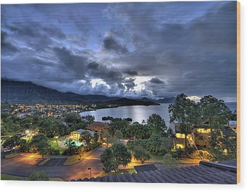 Kaneohe Bay Night Hdr Wood Print by Dan McManus