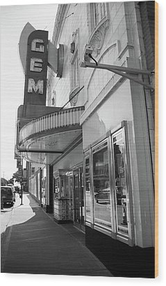 Wood Print featuring the photograph Kansas City - Gem Theater 2 Bw  by Frank Romeo