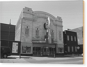 Wood Print featuring the photograph Kansas City - Gem Theater Bw by Frank Romeo