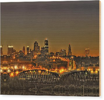 Kansas City Missouri At Dusk Wood Print by Don Wolf