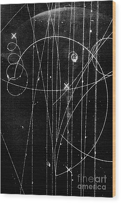 Kaon Proton Collision Wood Print by SPL and Photo Researchers