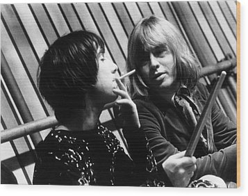 Wood Print featuring the photograph Keith Moon Brian Jones 1968 by Chris Walter