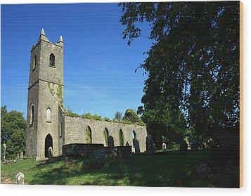 Kenmare Church Ruins Wood Print by John Quinn