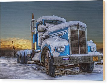 Kenworth Waiting For Summer Wood Print by Thomas Payer