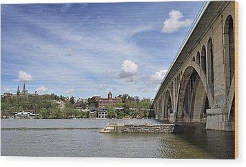 Key Bridge Into Georgetown Wood Print by Brendan Reals