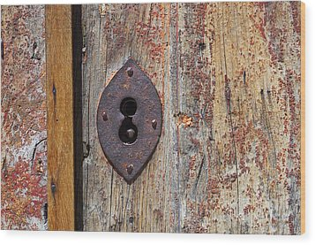 Key Hole Wood Print by Carlos Caetano
