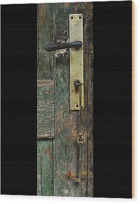 Key To The Barn Wood Print by Don Wolf