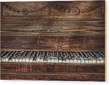 Wood Print featuring the photograph Keyless by Ken Smith