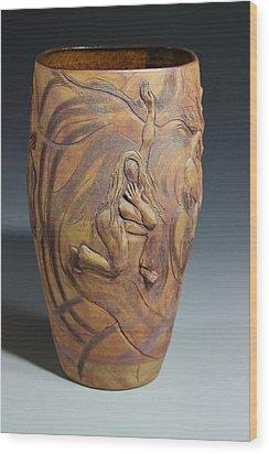 Kinesis Wood Print by Dan Earle