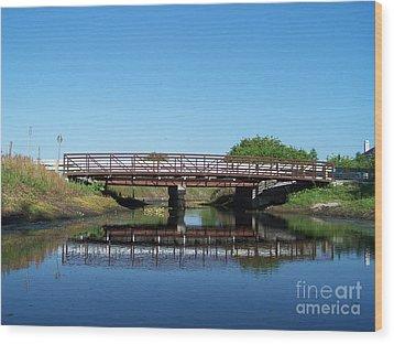 Kings Bridge Wood Print