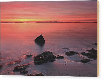 Wood Print featuring the photograph Kintyre Rocky Sunset 2 by Grant Glendinning