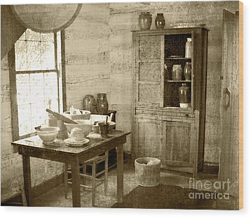 Wood Print featuring the photograph Kitchen by Pete Hellmann