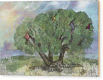 Kite Eating Tree Wood Print by Annette Berglund