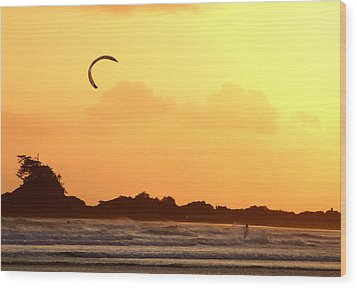 Wood Print featuring the photograph Kitesurfing The Sunset by Mark Alan Perry