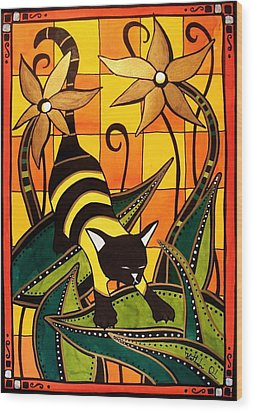 Kitty Bee - Cat Art By Dora Hathazi Mendes Wood Print by Dora Hathazi Mendes