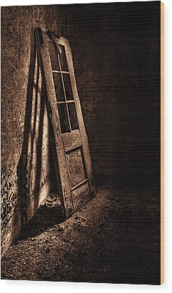Knockin' At The Wrong Door Wood Print by Evelina Kremsdorf