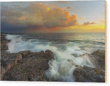 Wood Print featuring the photograph Kona Rush Hour by Ryan Manuel
