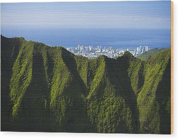 Koolau Mountains And Honolulu Wood Print by Dana Edmunds - Printscapes