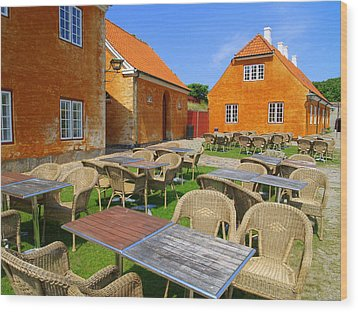 Kronborg Castle Cafe Wood Print by Michael Canning