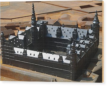 Wood Print featuring the photograph Kronborg Slot by Michael Canning