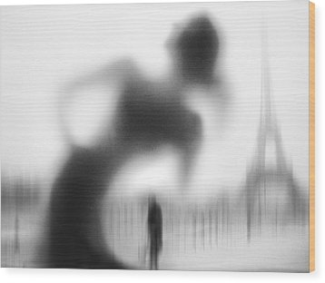 La Parisienne Wood Print by Eric Drigny