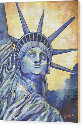 Lady Liberty Wood Print by Linda Mears