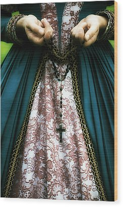 Lady With Rosary Wood Print by Joana Kruse