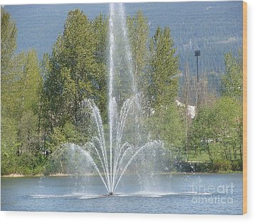 Wood Print featuring the painting Lafarge Lake Fountain by Rod Jellison