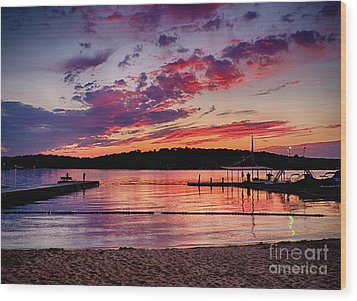 Wood Print featuring the photograph Lake Beach Sunset by Mark Miller