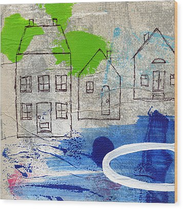 Lake Houses Wood Print by Linda Woods