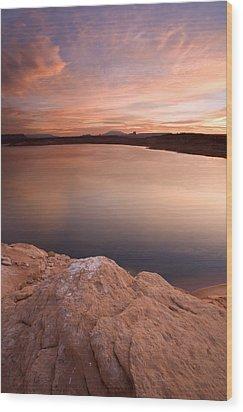 Lake Powell Dawn Wood Print by Mike  Dawson