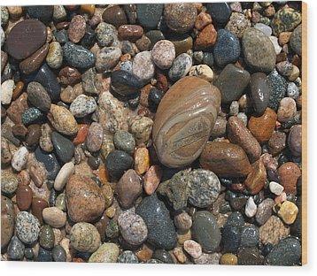 Lake Superior Stones Wood Print by Don Newsom