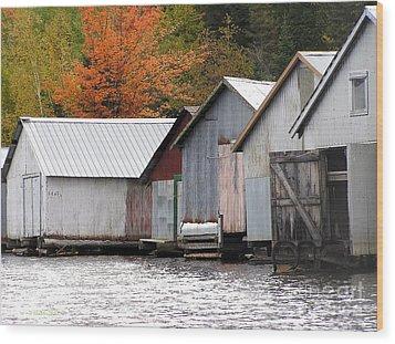 Lake Vermillion Boathouses Wood Print by Li Newton