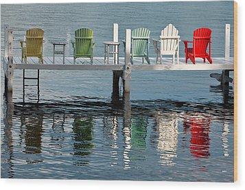 Lakeside Living Wood Print by Steve Gadomski