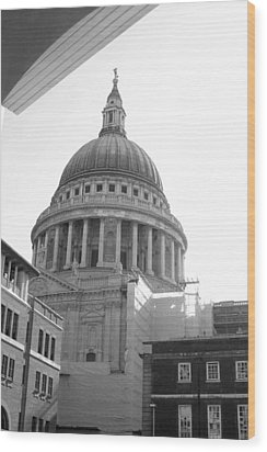 Wood Print featuring the photograph Landing On St Pauls by Jez C Self