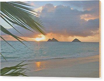 Lanikai Sunrise Wood Print by Tomas del Amo - Printscapes