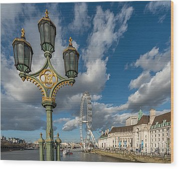 Lanterns On Westminster Wood Print