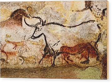 Lascaux Hall Of The Bulls - Aurochs Wood Print