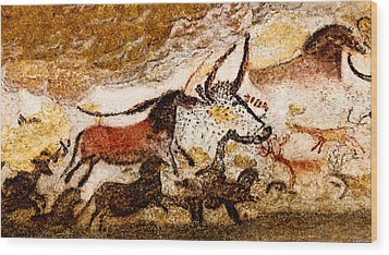 Lascaux Hall Of The Bulls - Horses And Aurochs Wood Print