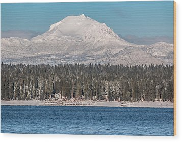 Lassen On Christmas Morning Wood Print by Jan Davies