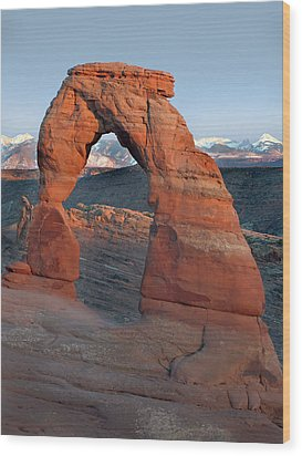 Last Light On Delicate Arch  Wood Print by Jeff Brunton