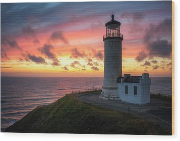 Wood Print featuring the photograph Lasting Light by Ryan Manuel
