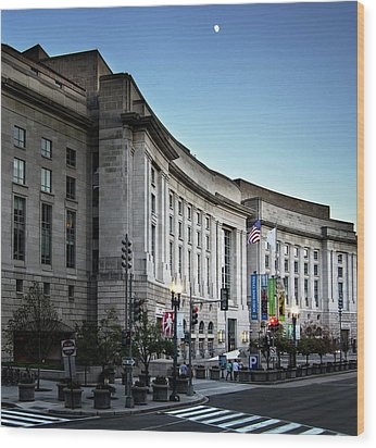 Wood Print featuring the photograph Late Evening At The Ronald Reagan Building by Greg Mimbs