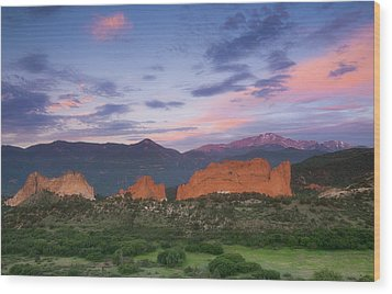 Wood Print featuring the photograph Late Spring Sunrise by Tim Reaves