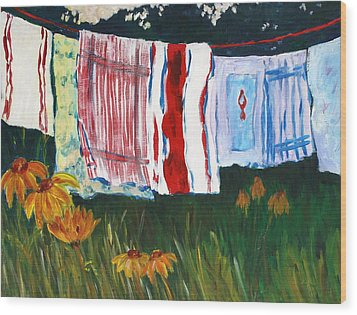 Laundry Day At Le Vieux Wood Print