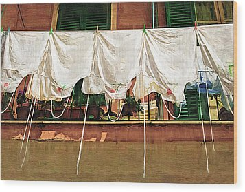 Laundry Day The Italian Way Wood Print by Lynn Andrews