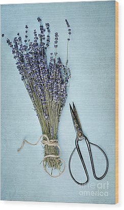 Wood Print featuring the photograph Lavender And Antique Scissors by Stephanie Frey